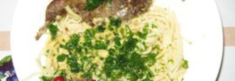 Вальдшнеп тушеный в сметанном соусе